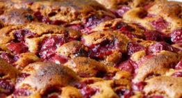 Meggyes pite készítése